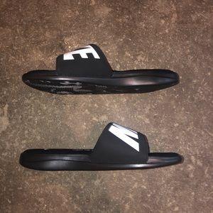 Nike Ultra Comfort 3 Slide 'Black White'